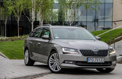 Skoda Superb Combi 190 KM Test
