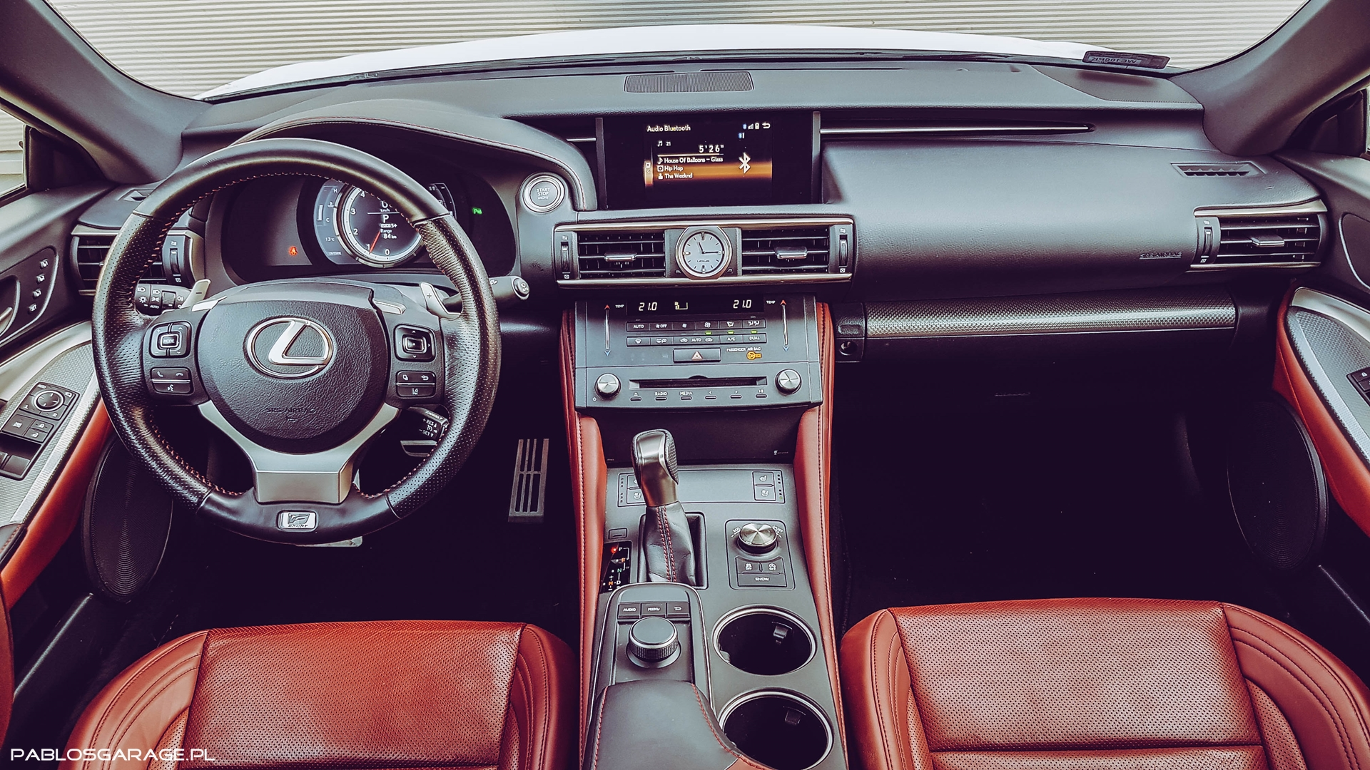 Lexus RC200 Środek