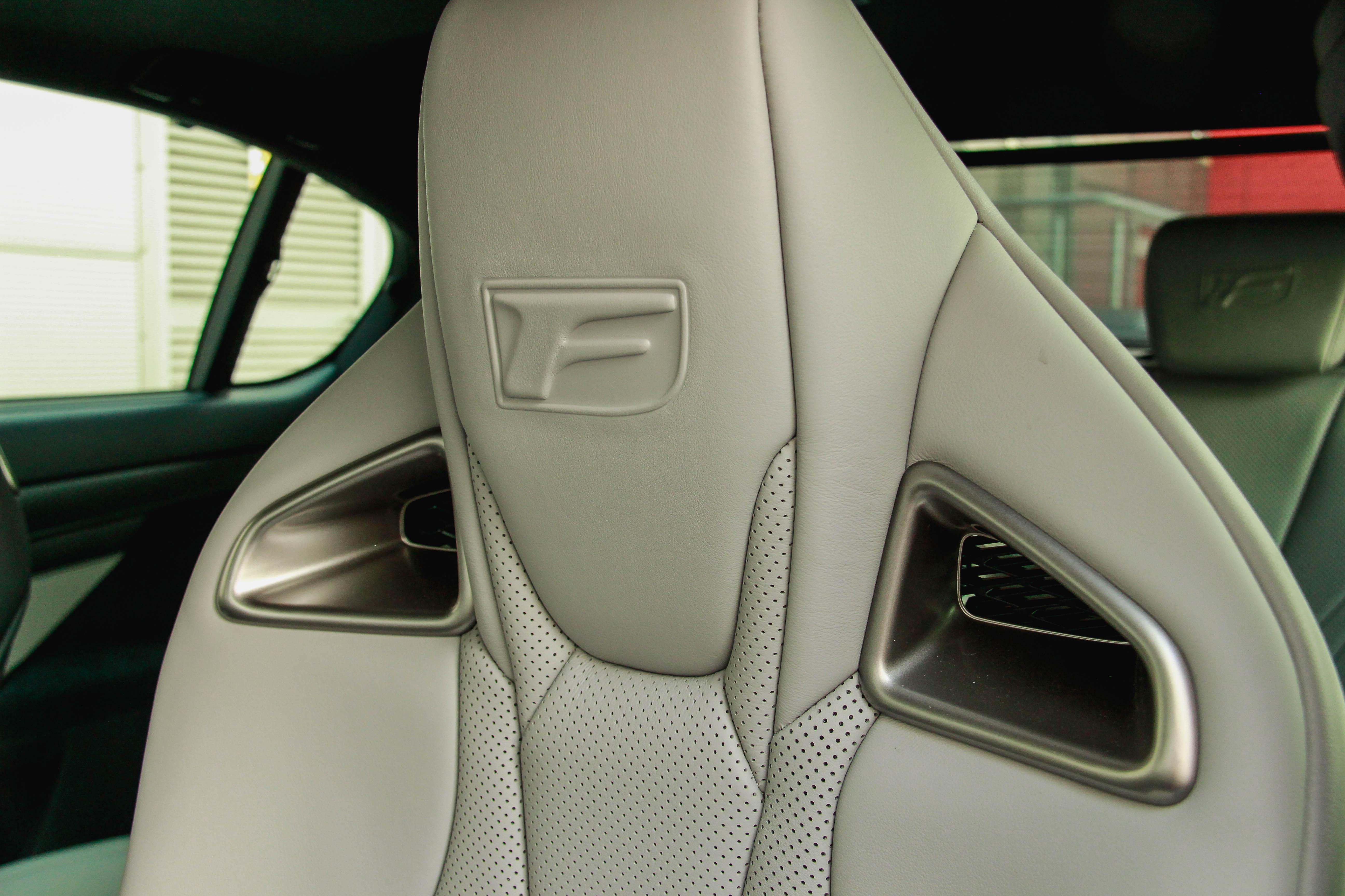 Fotel Lexus GSF