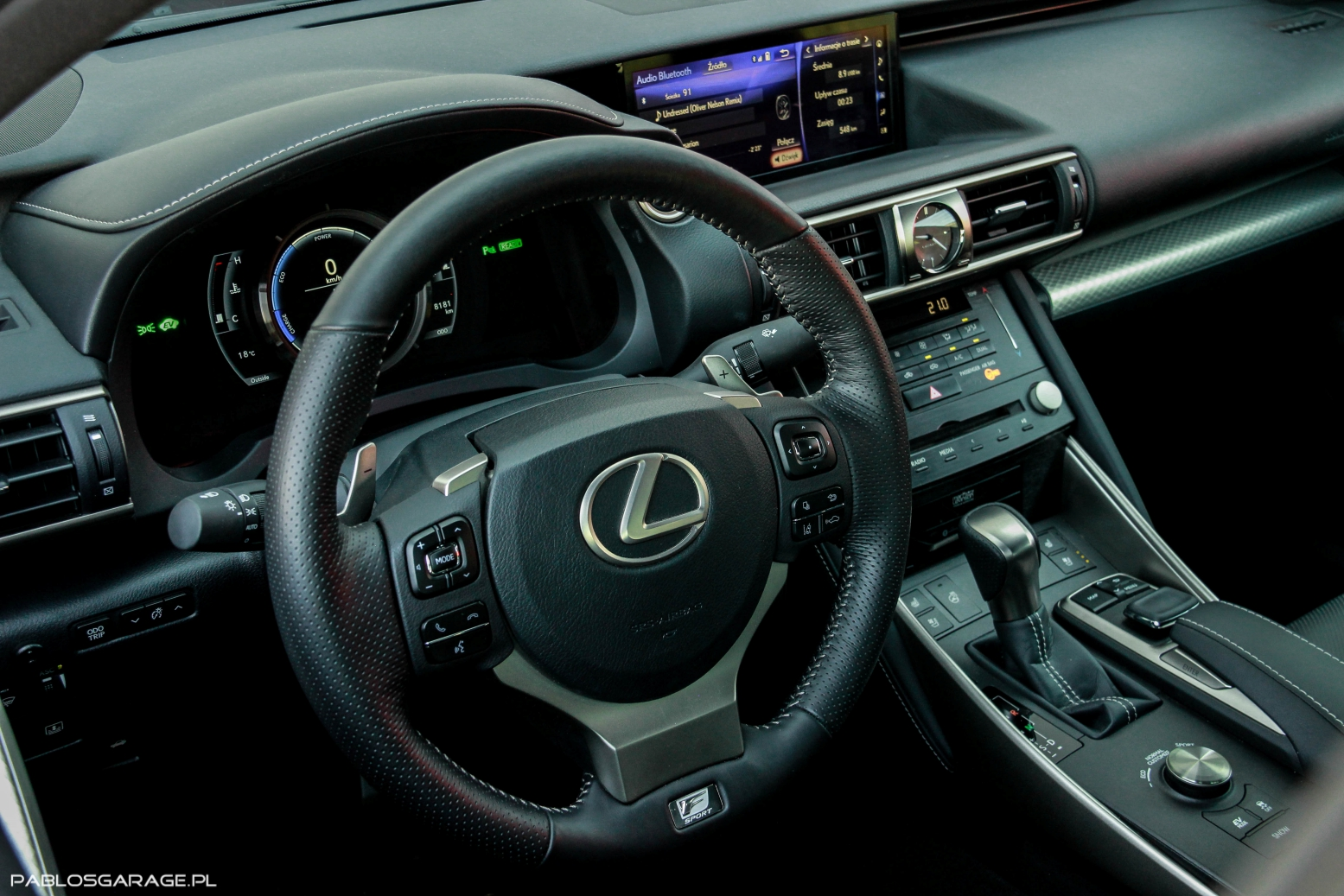 Lexus IS300H F Sport 2018 interior