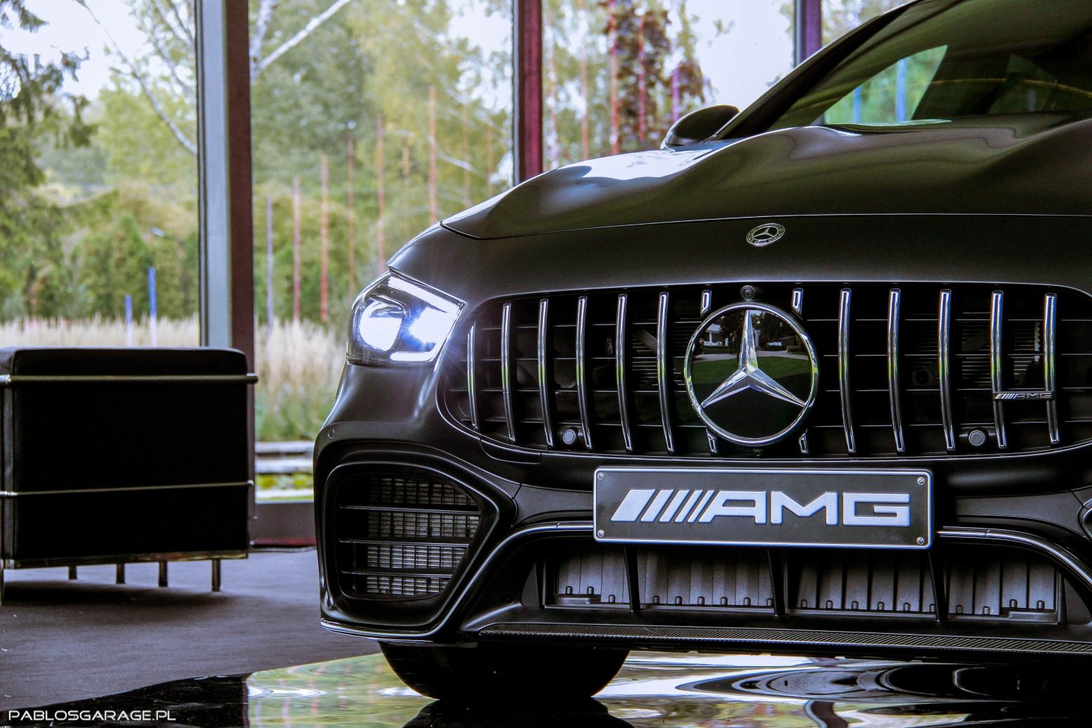 Mercedes AMG GT4 63 S - ceny, dane tecniczne