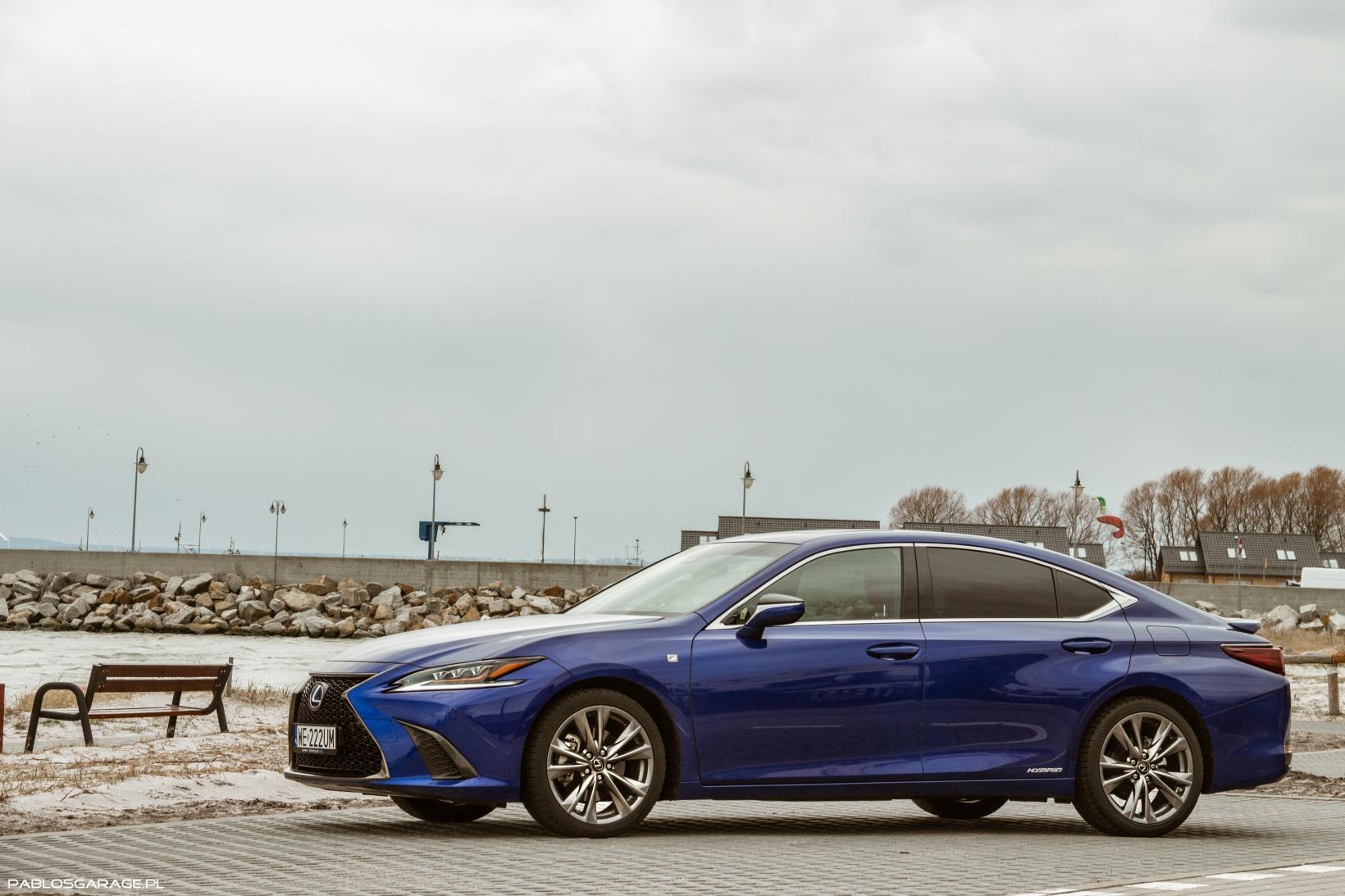 Lexus ES 300h F Sport test