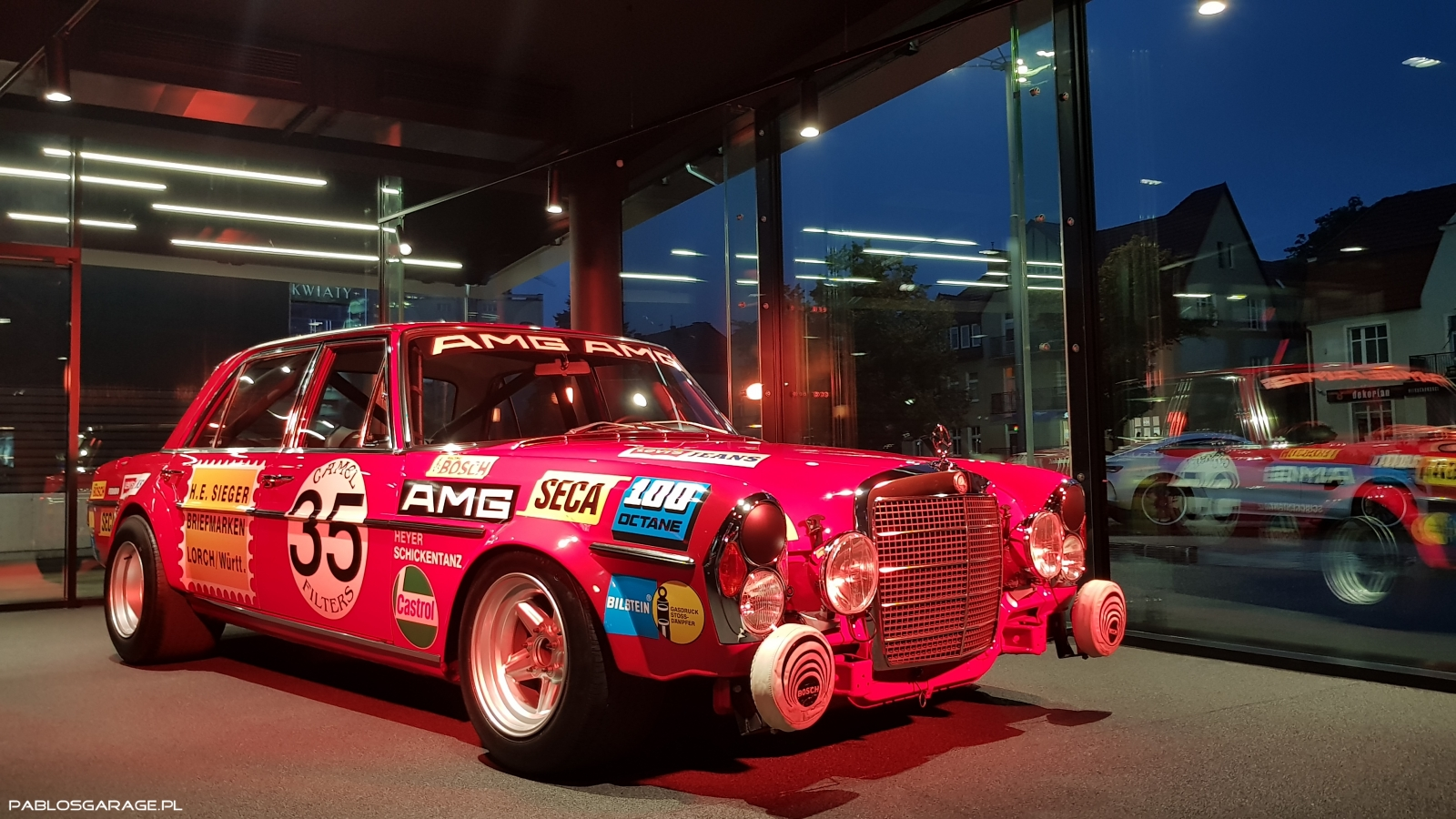Mercedes 300 SEL V8 6.3 AMG, Red Pig, Czerwona Świnia
