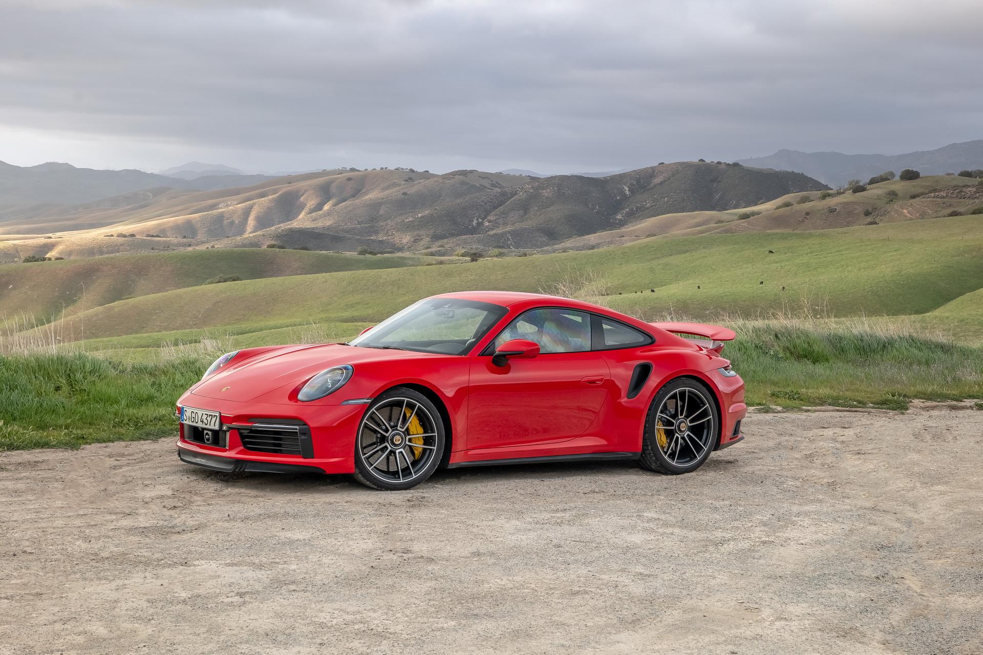 Porsche 911 Turbo S 650 KM