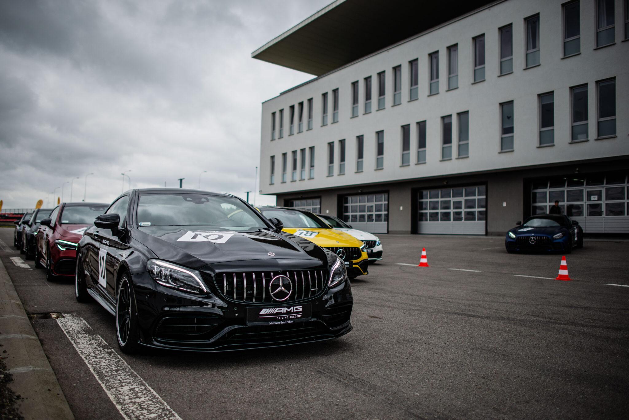 AMG Driving Academy Pablo's Garage Tor Jastrząb